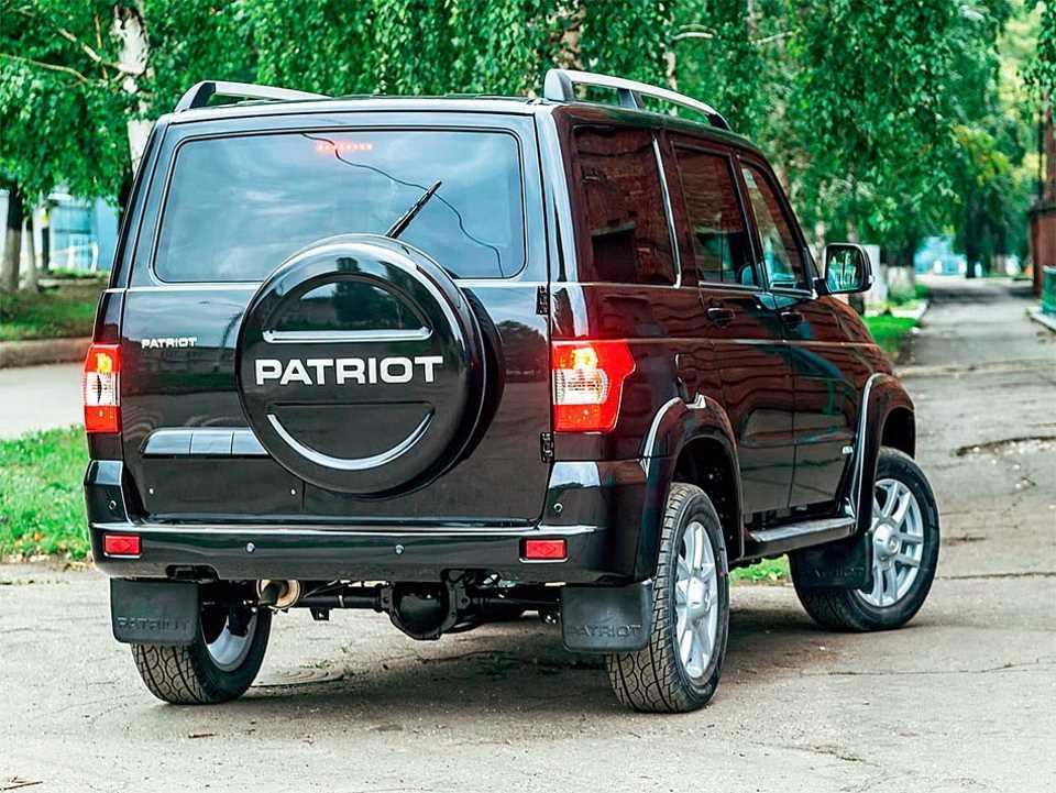 Обновленный UAZ Patriot - вид сзади